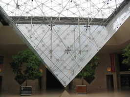 louvre-inverted-pyramid